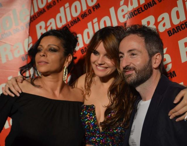 Sara Salazar y Melody con Vicente Pardo